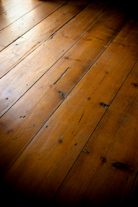 Located In Florida, HardwoodFlooringCosts.com Has Been Selling And Installing  Hardwood And Laminate Flooring And Stair Parts Since 1992.